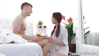 Perfect Teen GF Michelle Can Serves Her Bloke Fresh Pussy for Break bread