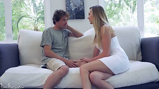 Sex-starved housewife Brett Rossi seduces 19 yo superintendence boy and rides his cock